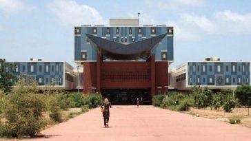 Bibliothèque universitaire de l Ucad