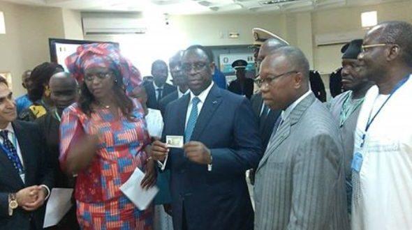 Acquisition de la carte biométrique CEDEAO