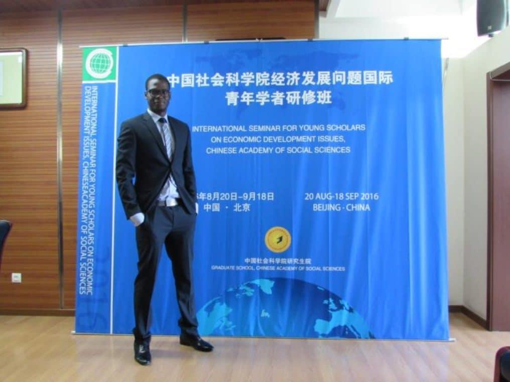 Entretien Dr Khalil Niang une passion pour la recherche