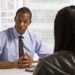 question piège en entretien d'embauche/emploi/présenter en 5 minutes lors d'un entretien d'embauche/Entretien d'embauche/Entretien