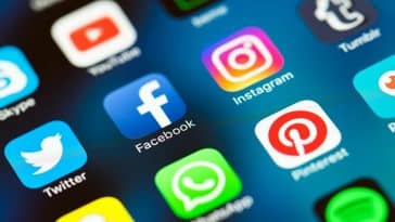 Fusion de WahtsApp/Code des communications/asphyxier les réseaux sociaux/taxe sur les réseaux sociaux/Facebook, Twitter, WhatsApp : les réseaux sociaux désormais taxés en Ouganda