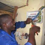 Technicien Électricien /Electriciens LV/Ingénieur Électricien Homme/Femme/Responsable d'activité électricité/Chef Électricien