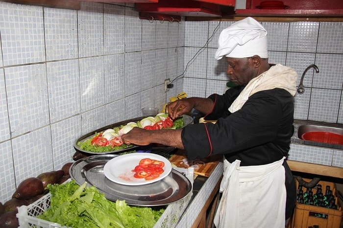 chef cuisinier/cuisinier expérimenté