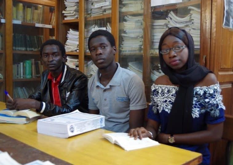 former les étudiants africains/frais d'inscription en France