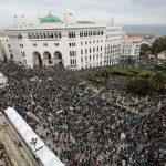 milliers d'étudiants