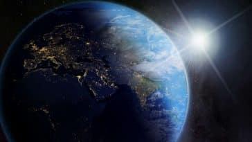 Terre/Terre dans l'espace