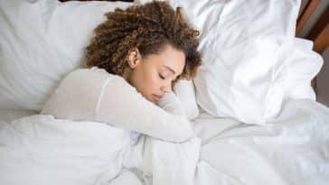 prise de poids/manque de sommeil/Parler dans son sommeil