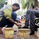 cireur de chaussures en Ethiopie